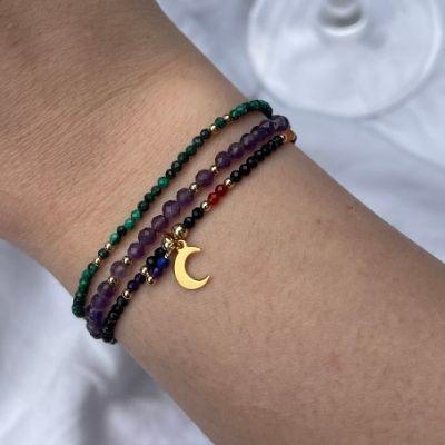 biżuteria z kamieniami